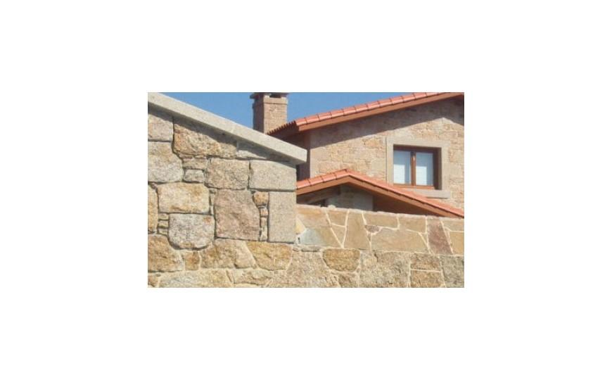 Rejuntado de fachada de piedra con mortero de cal especial para rejuntado